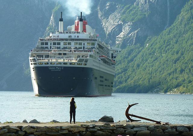 Schiffen die in Ports