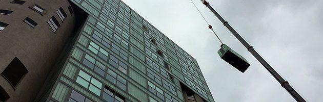 Stromaggregat wurde in einem der höchsten Gebäude des Hamburger Hafens installiert.