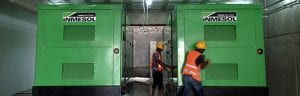 Die beiden vor kurzem im Keller des Allgemeinen Krankenhauses Las Colinas installierten Stromaggregate mit einer LTP-Leistung von 1010 kVA