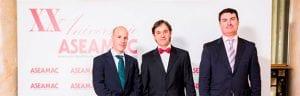 Von links nach rechts: Joaquín Cazorla (Abteilung Nationaler Vertrieb von INMESOL), Jordi Torres (Mitglied des Verwaltungsrats von ASEAMAC) und Ignacio Morell ( Abteilung Nationaler Vertrieb von INMESOL)