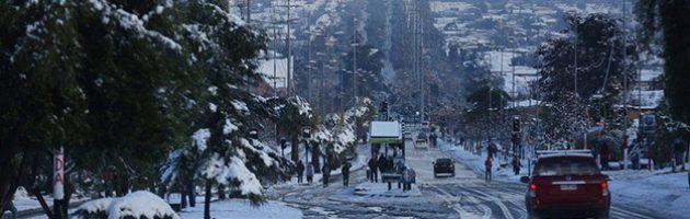 Die Stadt Santiago von Schnee bedeckt. - Aufnahme: EPA