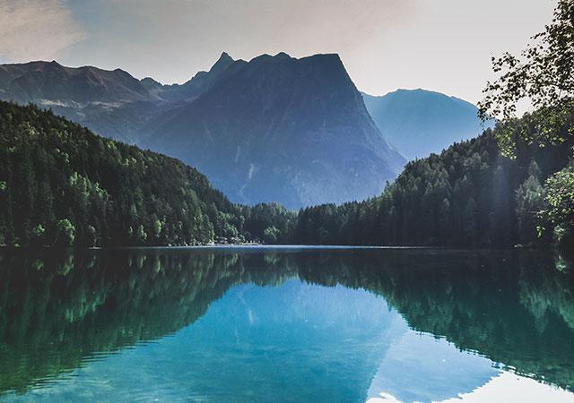 Foto von Paul Gilmore. Piburger See, Österreich